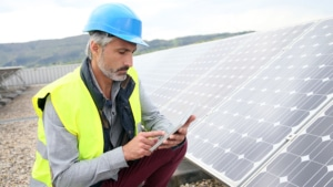 solar engineer with tablet